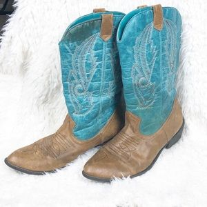 Coconuts gaucho western cowgirl boots